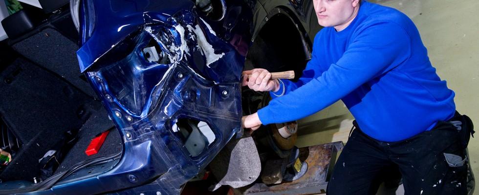 Karosseri-reparasjoner